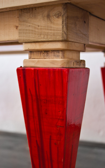 liquid color dining table